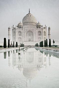 Taj Mahal, India | T