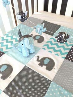 AQUA GRAY WHITE ELEPHANT QUILT