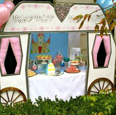 fantastic tablescape for a princess party