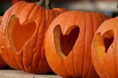 <3 Heart pumpkins. I may just do this to show my love for Autumn!