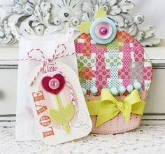 Plaid Cupcake Gift Pocket and With Love Gift Tag by Melissa Phillips for Papertrey Ink (September 2012)