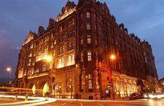 Hotels Near Ufton Court