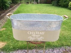 Kelly Campbell-Staines shares some of her latest Annie Sloan projects - love this up cycled galvanised tub  - looks like it would be great to put champagne in!