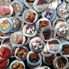 Hello Wars button collection