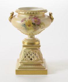 Antique Victorian Royal Worcester China Blush Ivory Pedestal & Pierced Work Vase #Vases