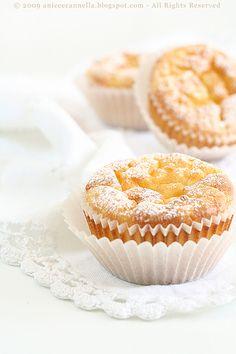 Dopo le tartellette di semolino , un'altra ricetta dell' Artusi , una di quelle cose semplici, semplici, ma buone, delicate che sanno di cas...