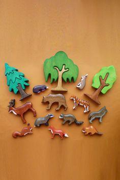 Wooden Animal Toys, Wood Animal, Wood Toys, Pet Toys, Kids Toys, Wooden Playset, Forest Animals, Kids Hands, Squirrel