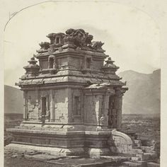 Candi Arjuna, general view showing the staicase projection and the entrance (west). Dieng plateau, Wonosobo district, Central Java province, 8th-9th century., Isidore van Kinsbergen, 1864 - Rijksmuseum