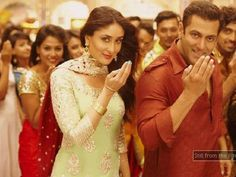 People storm to watch 'Bajrangi Bhaijaan' in Pakistan