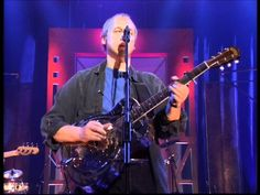 A Night In London (full concert, DVD- version) - Mark Knopfler. 1 hr 35 mins..... singin' and pickin'.