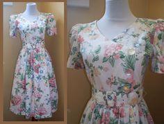 Full Skirt Dress 80's 50's style Small by GoodNPlentyVinty on Etsy, $30.00