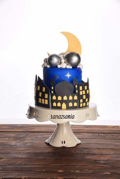 wonderfull cake for ramadan کیک شهرمضان Ramadan Desserts, Ramadan Decorations, Kid Cupcakes, Cupcake Cakes, Eid Cakes, Arabian Nights Party, Halal Recipes, Dessert Decoration, Cute Cakes