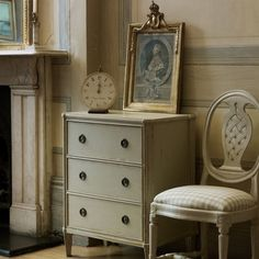 French chic and shabby style