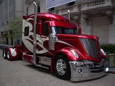 Bad Habit... another one of our pride and joy...International Truck #badasstrucks #LoneStar