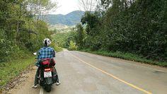 Viajando de moto pelas montanhas da Tailândia