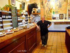 Los VITORINOS. Alta Taberna . De lo mejor en TAPAS en ZARAGOZA, junto al PILAR Tapas, Liquor Cabinet, Home Decor, Style, Gastronomia, Zaragoza, Old Pictures, Restaurants, Cities