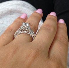Beautiful detailed ring
