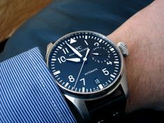 Wearing a Pilots watch to morally support Aviation