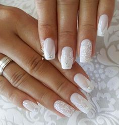 Wedding Nails: Beautiful and Elegant Nail Designs - Perfect combo Manicures & Engagement rings - perfect combo - Nageldesign Elegant Nail Designs, Elegant Nails, Nail Art Designs, Bridal Nails Designs, Bridal Nail Art, Wedding Day Nails, Wedding Nails Design, Perfect Nails, Gorgeous Nails