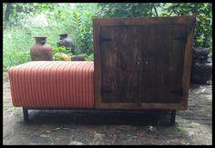 ตู้ไม้เก็บของพร้อมเบาะนั่ง (Retro Seat With Cabinet)