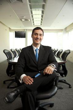 Fernando Arrunátegui, Decano de la Facultad de Gestión de ISIL