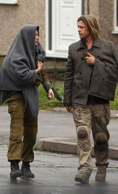 Brad Pitt during making of WW Z movie wearing Active Combat Pants with knee pads and desert boots.