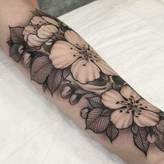 Cover up in progress... #sunrisetattooworkshop #sergeyanuchin #mangust_tattooer #sakuraflowers #sakura #sakuratattoo #blacktattoos #blackworkerssubmission