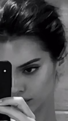 Kendall jenner Best of Kendall Jenner jenner kendall KendallJennerOutfits KimKardashian StylingTips VictoriaBeckham Kendall Jenner Instagram, Kendall Jenner Outfits, Kendall Jenner Video, Kylie Jenner Gif, Kendall Jenner Makeup, Kardashian, Flipagram Instagram, Casual Chic Style, Casual Summer Outfits