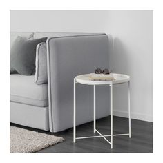 GLADOM Tray table IKEA You can use the removable tray for serving.