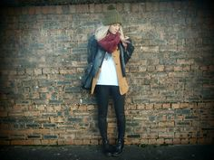 blogger, blonde, fashion, layers, style, leather, hat, dr marten, www.saraluxe.com