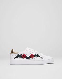 Pull&Bear - mujer - zapatos - zapatillas - zapatilla moda bordado - blanco - 15765211-I2017