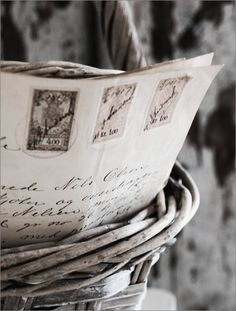 Old letters in the basket! Old letters make me happy Letters To Juliet, Old Letters, You've Got Mail, Handwritten Letters, Old Love, Vintage Lettering, Lady Grey, Lost Art, Letter Writing