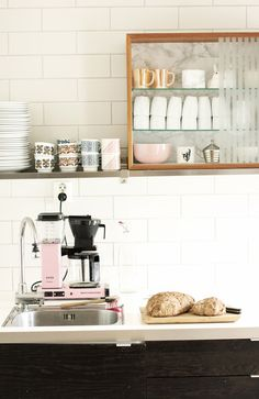 Hylla på hylla. kitchen inspiration at houseandhold.com