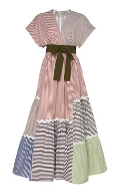Get inspired and discover Silvia Tcherassi trunkshow! Shop the latest Silvia Tcherassi collection at Moda Operandi. Satin Dresses, Cotton Dresses, Women's Dresses, Casual Dresses, Fashion Dresses, Summer Dresses, Mode Kimono, Patchwork Dress, Silk Crepe