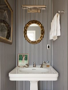 Powder room inspiration- love the stripes mixed with brassy-goldish accents, the light and pedestal sink. Kate and Andy Spade's striped powder room. Bad Inspiration, Bathroom Inspiration, Interior Inspiration, Travel Inspiration, Home Design, Design Ideas, Design Room, Design Crafts, Design Art