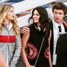 Kendall Jenner wears Ted Baker Rockall. #headphones