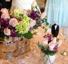 Classy & Mod floral table arrangements for spring wedding. By 1800Flowers|Flowerama Iowa City