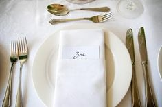 font Tableware, Kitchen, Dinnerware, Cooking, Tablewares, Kitchens, Dishes, Cuisine, Place Settings