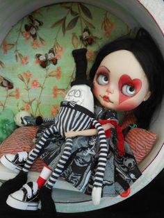 Whimsical Humpty for Blythe Doll por Spookykidsworkshop en Etsy