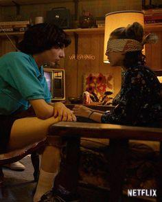 Stranger Things Mike and Eleven, Finn Wolfhard, Millie Bobby Brown, Season 3 - Stranger Things Saison 1, Stranger Things Quote, Stranger Things Steve, Stranger Things Aesthetic, Stranger Things Netflix, Millie Bobby Brown, Sherlock, Fangirl, Angeles