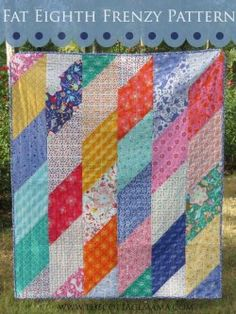 Fat Eighth Frenzy Quilt  This quilt is awesome. Easy to make using Fat Eighths and you get a bonus quilt with the scraps! Double bonus: Free Pattern AND a Free Tutorial! http://www.freequiltpatterns.info/free-pattern---fat-eighth-frenzy-by-moda.htm