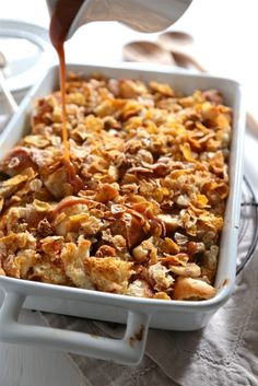 Banana Rum Caramel Crunch Bread Pudding - www.countrycleaver.com Epically awesome and oh so sinful! @Country Cleaver
