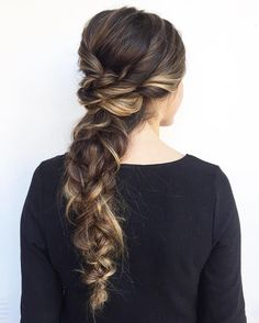 Beautiful boho braid wedding hairstyle for romantic brides - Bridal hairstyles. Get inspired by this low updo bridal hair gorgeous styles,hairstyles