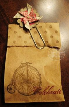 Tara Bazata ~ Stampin' Up ~ Feeling Sentimental ~ Distressed Dots ~ Pinwheel Sizzlit ~ Big Shot 3d Paper Crafts, Diy Crafts, Paperclip Crafts, Gift Wraping, Creative Gift Wrapping, Brown Paper Packages, Festa Party, Pretty Packaging, Card Tags