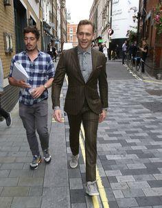 Tom Hiddleston, coporolight:      Tom Hiddleston in Soho, London,...