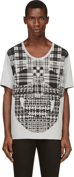 Alexander McQueen - Grey Graphic Skull T-shirt I like it Except the wide neck