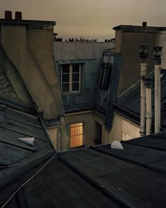 In 2009 French photographer Alain Cornu decided to present a more intimate portrait of Paris. Through this series he depicts the city from its rooftops, transforming himself into an urban explorer. Metro Paris, Paris Ville, Pretty Pictures, Paris France, Parisian, Places To Go, Beautiful Places, Scenery, Mansions