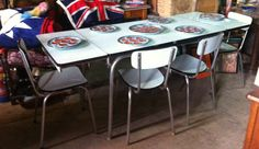 RETRO FRENCH VINTAGE 60s FORMICA KITCHEN/DINING TABLE~4 CHAIRS-EXTENDS-SEATS 6/8