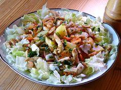 Nagyon finom vacsora, de akár egy könnyű ebéd is lehet. Cobb Salad, Food And Drink