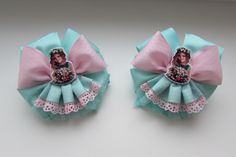 Baby Hair Clips, Hair Bows, Diy Ribbon, Ideas Para, Flowers, Crafts, Etsy, Watches, Baby Hair Bows